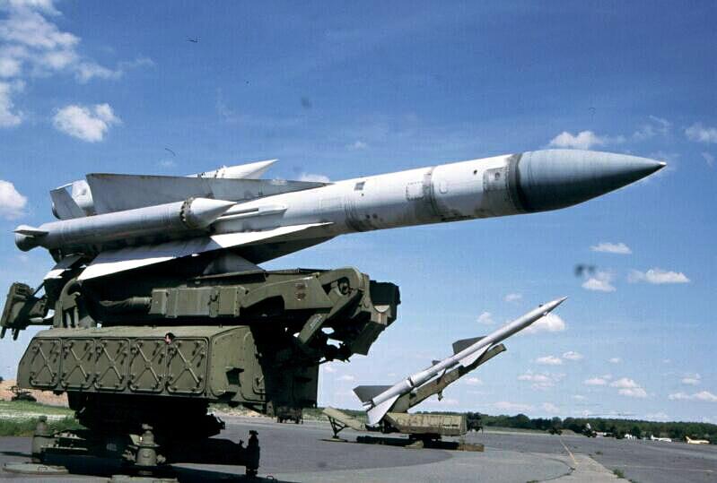 Spatiul aerian libian va fi aparat de sisteme moderne de rachete rusesti