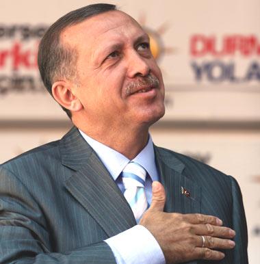 "Erdogan, primul premier ""nuclear"" turc"