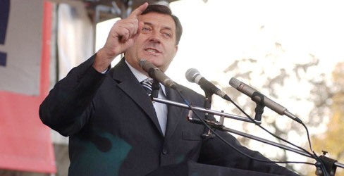 Premierul sarb bosniac Milorad Dodik ameninta cu secesiunea