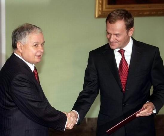 Presedintele si premierul polonez Donald Tusk