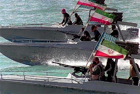 Flota iraniana, gata de razboi cu marina SUA