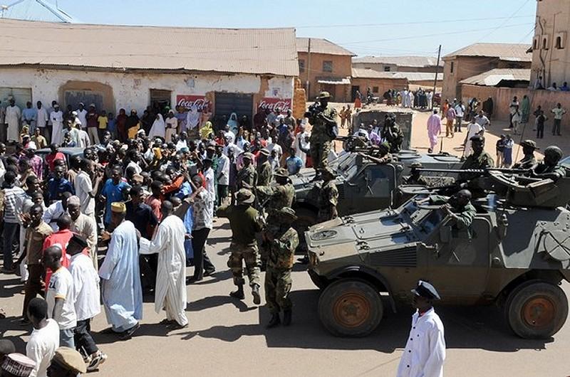 Armata nigeriana a preluat controlul total asupra statului