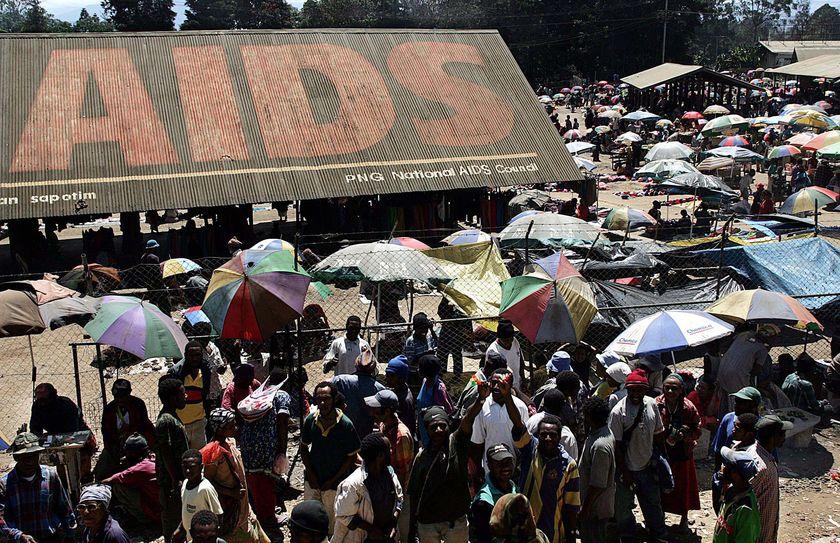 Statele sarace, grav afectate de epidemia HIVSIDA