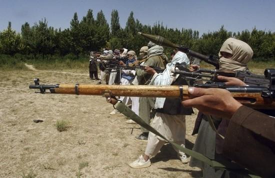 Insurgenta islamista yemenita amenintata stabilitatea in lumea araba