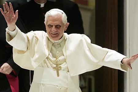 Papa apara crestinii din Irak