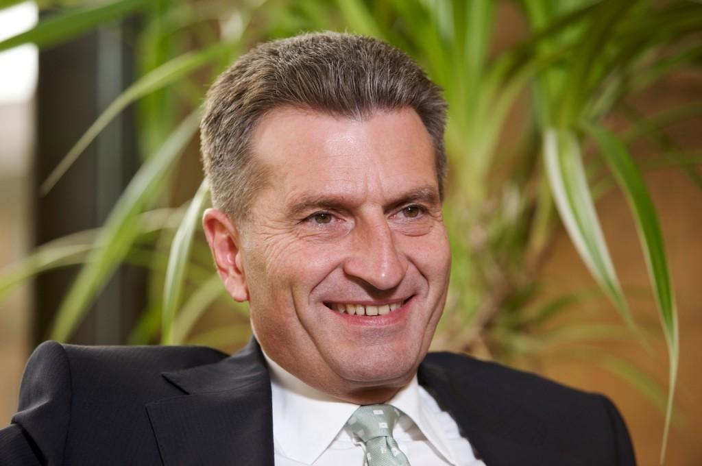 Comisarul european pentru Energie, Gunther Oetttinger, noul cruciat impotriva Nabucco