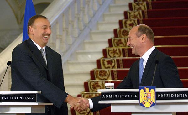 Presedintele azer Ilham Aliyev si omologul sau roman Traian Basescu