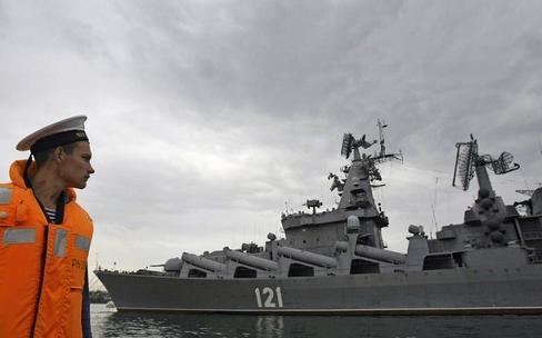 Russian-missile-cruiser-Moskva-Sevastopol