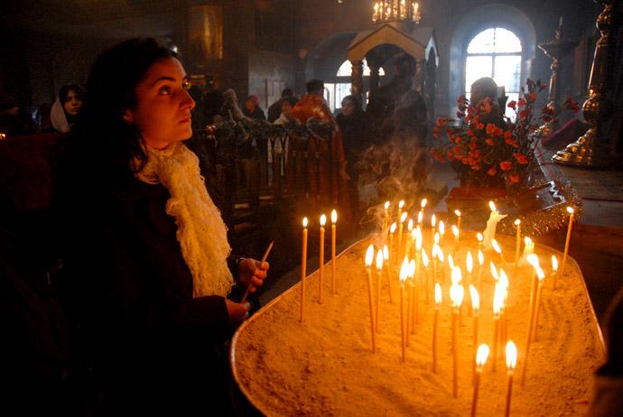 Biserica Armeana dinamiteaza pacea din Caucaz