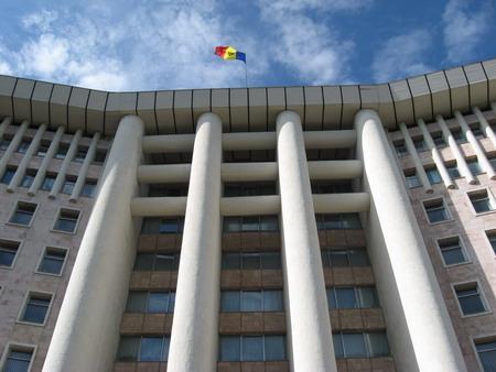 Parlamentul de la Chisinau va discuta noua constitutie a republicii