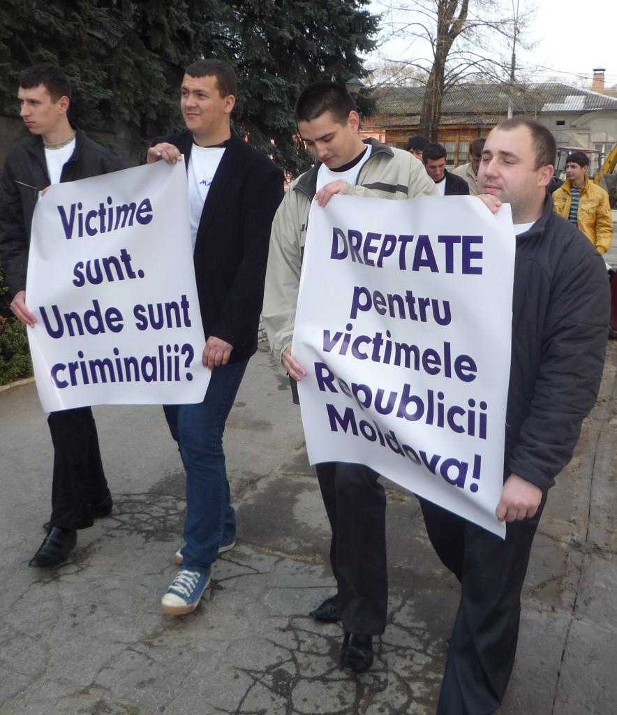 Miscarea Actiunea Europeana (MAE) a comemorat victimele din aprilie 2009