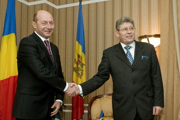 Presedintele Republicii Moldova, Mihai Ghimpu, si omologul sau roman, Traian Basescu, sunt asteptati sa consolideze parteneriatul strategic dintre Bucuresti si Chisinau