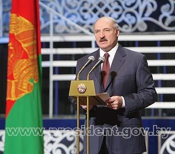 Presedintele belarus Alexandr Lukasenko forteaza mana Rusiei