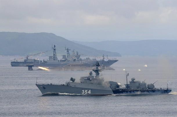 Flota militara rusa din Marea Neagra ameninta echilibrul etnic din Crimeea
