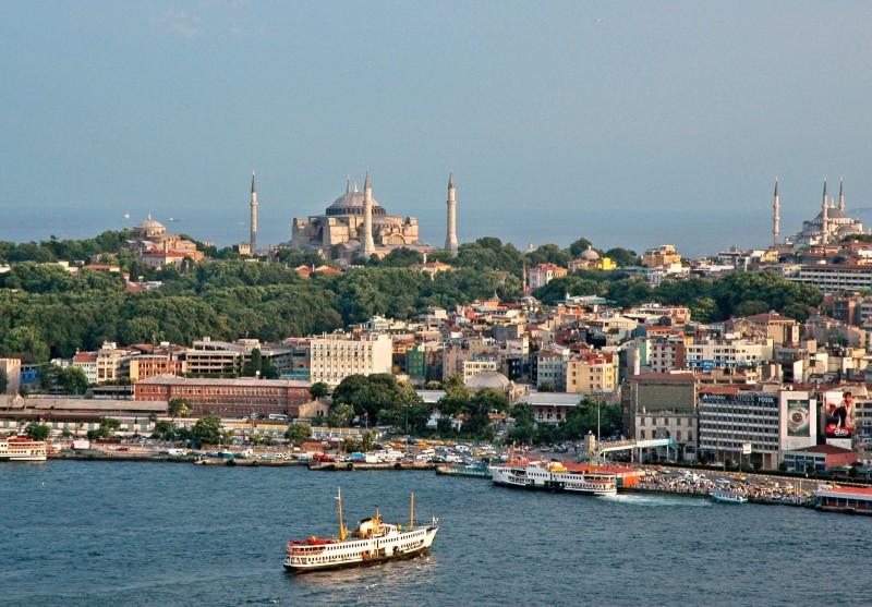 Metropola turca Istanbul, capitala culturala europeana