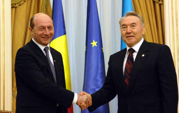 Presedintele roman Traian Basescu, si omologul sau de la Astana, relanseaza parteneriatul strategic romano-kazah