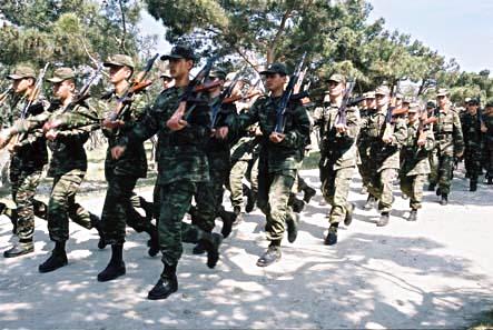 Armata azera, pregatita sa apere integritatea teritoriala a tarii