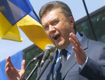 Presedintele ucrainean, Viktor Ianukovici, apara mostenirea stalinista a URSS