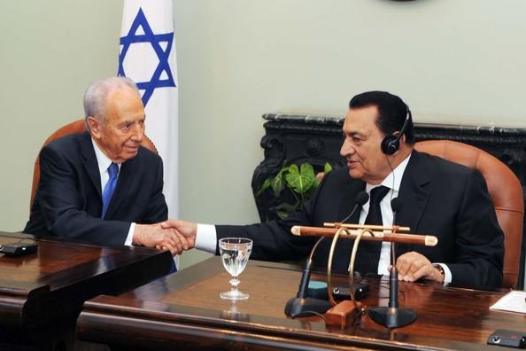Presedintele israelian Peres si omologul sau egiptean Mubarak relanseaza procesul de pace din Orientul Mijlociu