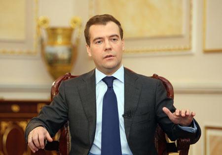 Presedintele rus Dmitrii Medvedev ameninta pacea din Caucaz