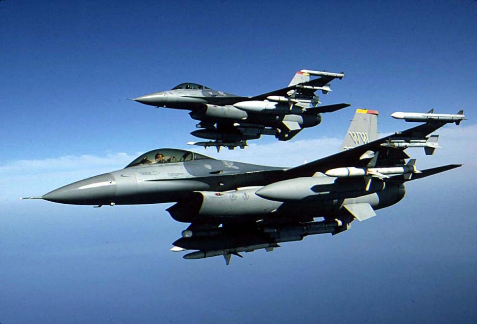 Avioanele F-16, prea scumpe pentru bugetul Romaniei