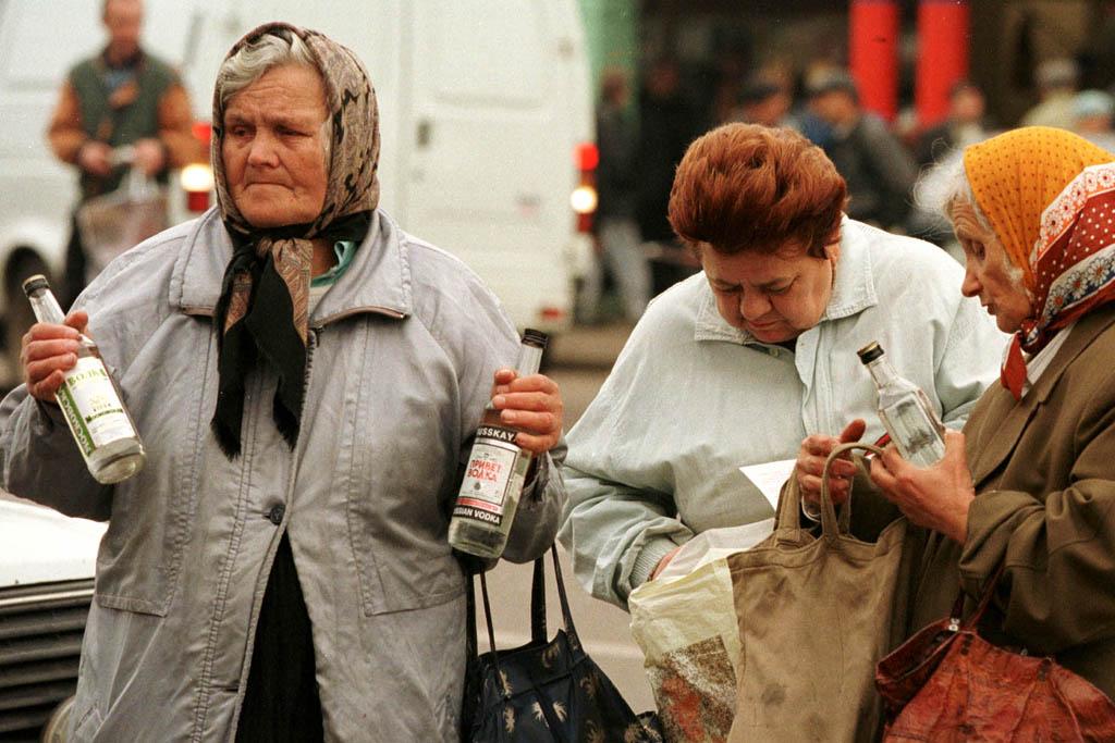 Populatia rusa, decimata de alcoolism