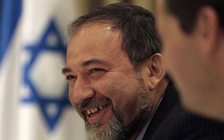 Ministrul de Externe israelian, Avigdor Lieberman, arunca in aer procesul de pace din Orientul Mijlociu