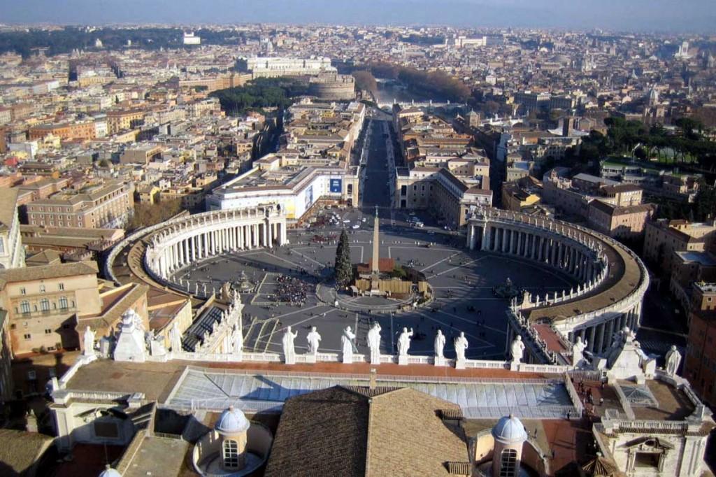 Statul papal, acuzat de spalare de bani pentru mafia ruseasca