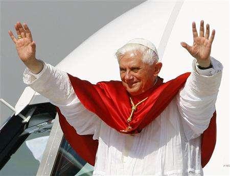 Papa Benedict al XVI-lea, acuzat de tolerare a pedofiliei