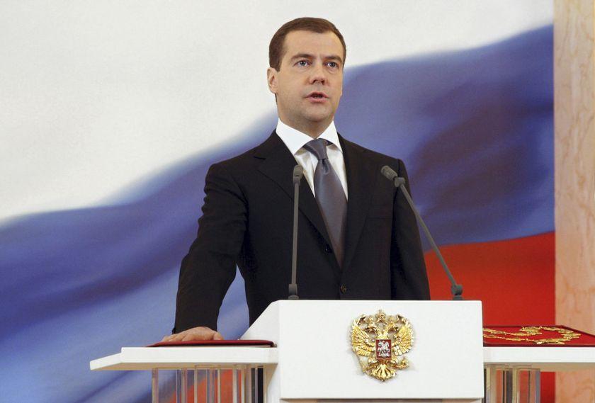 Presedintele rus Dmitrii Medvedev critica sprijinul Romaniei pentru Chisinau