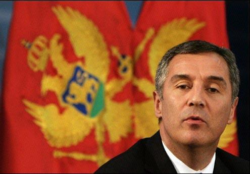 Premierul muntenegrean Milo Djukanovic, multumit de decizia UE