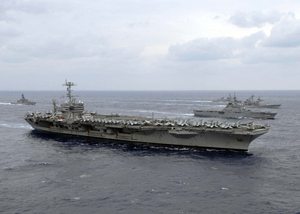 Grupul de lupta al portavionului american George Washinghton soseste in zona de conflict coreeana