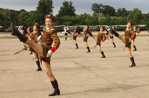 Armata nord-coreeana mimeaza razboiul cu SUA si aliatii sai