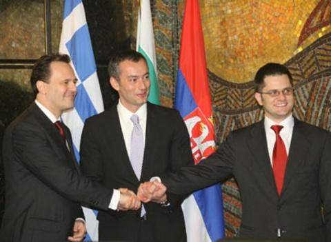 Ministrii de Externe sarb, bulgar si sarb extind UE fara Romania