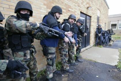 Fortele speciale SWAT, pregatite sa combata amenintarile teroriste la adresa SUA