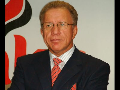 Behgjet Pacolli, un presedinte controversat pentru Kosovo