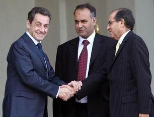 Nicolas Sarkozy si Mahmoud Jibril (foto elysee.fr)