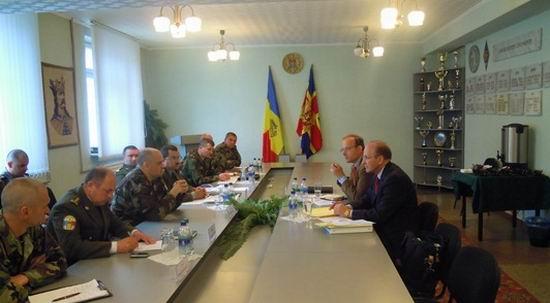 Experti NATO la Academia Militara Alexandru cel Bun