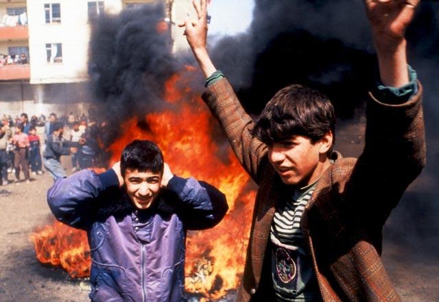 kurdish-youth-in-revolt