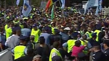 proteste politisti