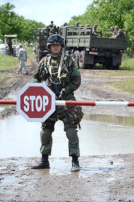 Militari moldoveni la Rapid Trident 2011 2
