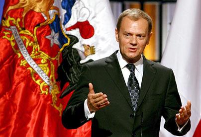 Presedintele polonez Donald Tusk decimeaza conducerea militara poloneza