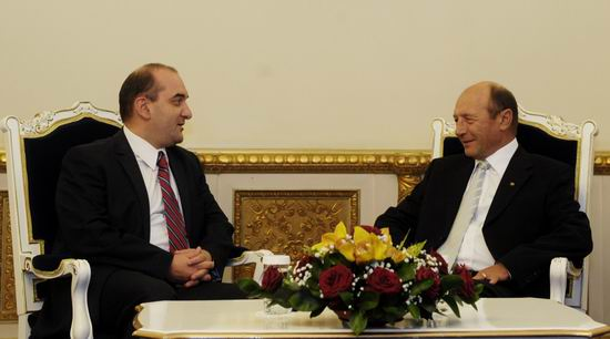 Kulyk si Basescu