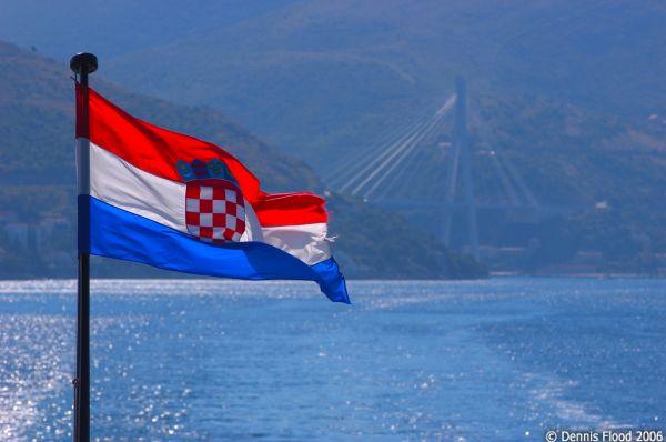Croatia, avertizata juridic de Comisia Europeana