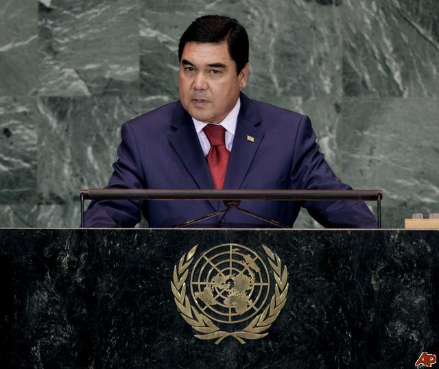 Presedintele turkmen, Gurbangulî Berdâmuhamedov, curtat asiduu de statele UE