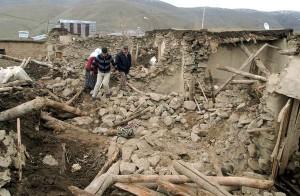 turkey-earthquake-rubble_13574_600x450