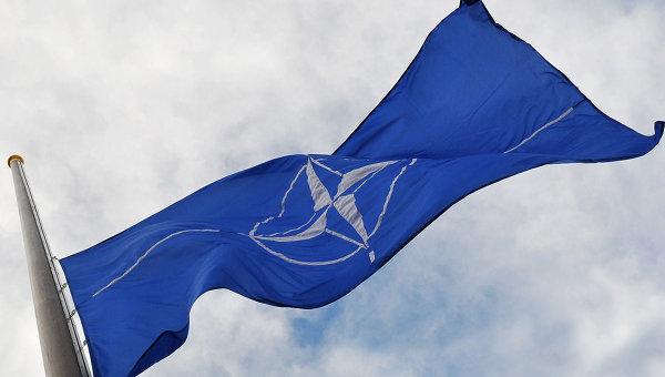 NATO, dusmanul de moarte al Kremlinului