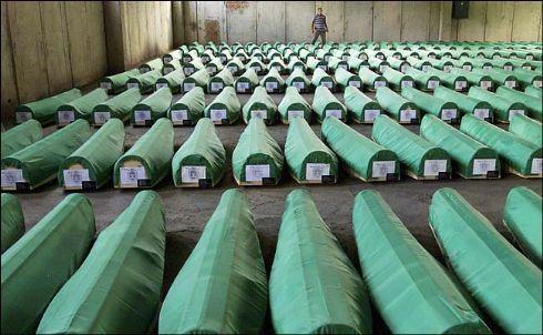 Masacrele anti-musulmane de la Srebrenica, pedepsite cu greu de justitia sarba