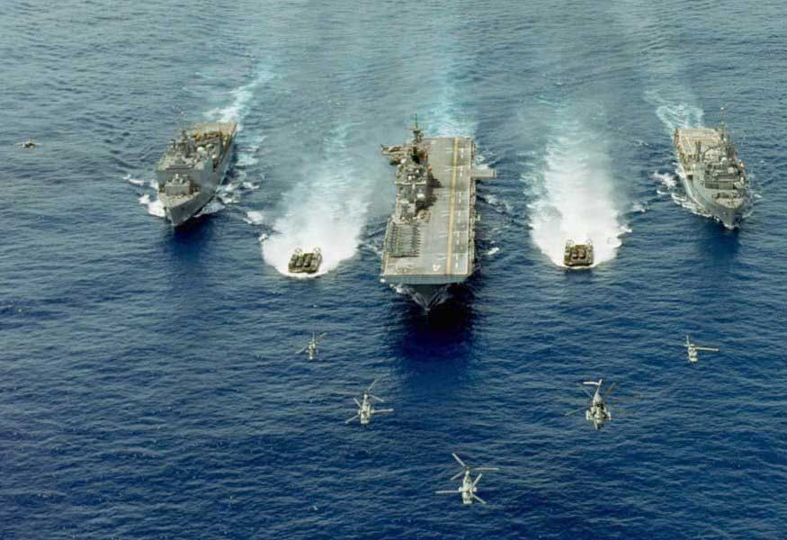 Flota militara argentiniana ameninta ramasitele imperiului colonial britanic