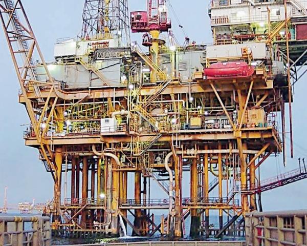 platorma petroliera Marea Neagra 54g